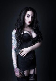 b82df88e37b9a Gothic and Amazing  Photo