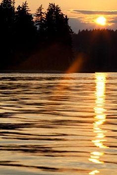 USA, Washington, Poulsbo, sunset on Poulsbo Bay