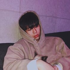 Find images and videos about korean, sik-k and kr&b on We Heart It - the app to get lost in what you love. Music X, Music Pics, Korean Boys Ulzzang, Korean Men, Hip Hop And R&b, Hip Hop Rap, Asian Boys, Asian Men, Asian Rapper