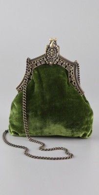vintage green velvet purse Evening Bags, Evening Clutches, Green Purse, Green Handbag, Vintage Velvet, Vintage Green, Vintage Love, Vintage Style, Purses And Bags