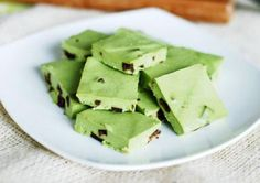 Healthy Desserts: Mint Chocolate Chip Fudge