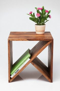 Teds Wood Working - Table basse / chevet - Get A Lifetime Of Project Ideas & Inspiration! Cube Furniture, Furniture Projects, Wood Projects, Furniture Design, Pallet Furniture, Bedroom Furniture, Urban Furniture, Diy Bedroom, Furniture Storage