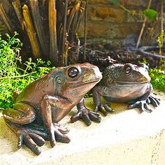 Lovely Pair Of Frog Garden Sculptures
