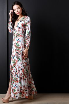 Blooming Floral Plunging V Longsleeve Dress