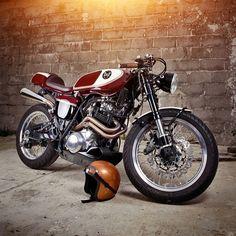 Mighty Tidy: '88 Yamaha #XT600 Tenere by @plan_b_motorcycles. #yamahatenere #xt600z #dualsport #caferacer