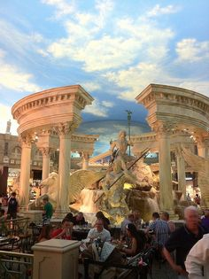 Las Vegas Caesars Palace Forum Shops Fountain http://www.tipsfortravellers.com/2012/10/las-vegas-usa-tips-for-visitors-and-travellers.html
