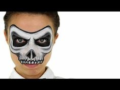 How to Face Paint a Skull. You can take a skeleton costume to the next level with a skull painted on your face. Painting a skull on your face may seem complicated, but you can learn how to do it even if you don't have any special training. Kids Skeleton Face Paint, Halloween Face Paint Scary, Scary Face Paint, Diy Face Paint, Mask Face Paint, Skull Face Paint, Cute Halloween Makeup, Facepaint Halloween, Halloween Ideas