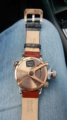 , Ivory or Rose-tone dialLooks can be deceiving with the Invicta Russian Diver. Greenwich Meridian, Metal On Metal, Elapsed Time, Boutique Shop, Watch Case, Digital Watch, Chronograph, Leather, Stuff To Buy