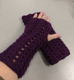Texting Gloves, Wrist Warmers, Valentine Gifts, Fingerless Gloves, Your Favorite, Gifts For Women, Arms, My Etsy Shop, Cozy