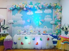 Créditos: @fazendinhafestas @chrismcaldeira Ideia para Festa Chuva de Amor Rainbow Birthday, 1st Birthday Girls, Unicorn Birthday Parties, Unicorn Party, Birthday Party Themes, Baby Shower Decorations For Boys, Baby Shower Themes, Birthday Decorations, Cradle Ceremony