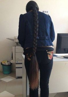 xinyu has almost 2 meters super long hair ,,photo,China Long Hair Thick Braid, Rapunzel Hair, Long Braids, Very Long Hair, Beautiful Long Hair, Hair Photo, Hair Lengths, Braided Hairstyles, Dreadlocks