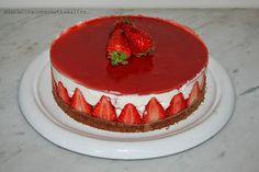 In Cucina con Susetta e altro...: DELIZIA DI FRAGOLE  Ecco la nostra torta con cui ...