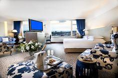 Taksim Hotels @themarmarataksim www.istanbul.com/tr/sehir/kesfet/istanbulun-eskimeyen-yildizi-the-marmara-taksim