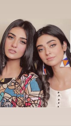 Sarah & Noor Khan❣