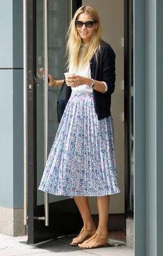 Pleated skirt - styles for September