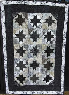 Hege Ts hverdag: Lappeteppe til Trine Quilts, Blanket, Bed, Home, Design, House, Quilt Sets, Quilt, Rug