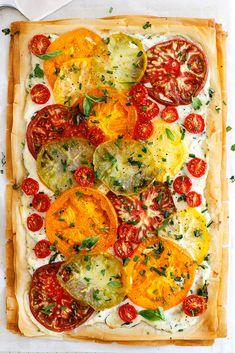 Heirloom Tomato Recipes, Heirloom Tomatoes, Heirloom Tomato Tart, Baked Tomato Recipes, Green Tomatoes, Mango Salsa, Tart Recipes, Cooking Recipes, Vegan Recipes