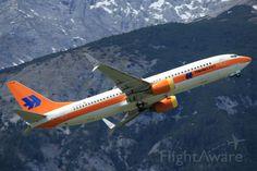 Boeing 737-800 (D-ATUF)