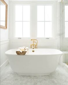If you're like me, the bath tub is one of the most sacred places in a home.These bath tub ideas are some of the most creative a popular ideas I've come across. All White Bathroom, Small Bathroom, Master Bathroom, Modern Contemporary Bathrooms, Modern Sink, Shower Faucet, Bathroom Faucets, Marble Bathrooms, Gold Faucet