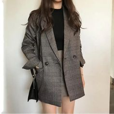 Women's check long sleeve cotton jacket coat plaid blazer Best Seller! Women's check long sleeve cotton jacket causual vintage coat plaid blazer Korean Fashion Trends, Korean Street Fashion, Asian Fashion, Look Fashion, 20s Fashion, Indie Fashion, Korea Fashion, Cheap Fashion, Unique Fashion