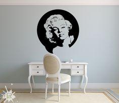 Naklejka na ścianę i meble - Marilyn Monroe. http://lemonroom.pl/naklejki-film-kino/216-naklejka-nk005s-50x53cm-marilyn-monroe.html