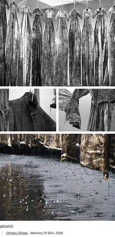 chiharu shiota, memory of skin 2000 Murat, Turning Japanese, Art Hoe, Shape And Form, Installation Art, Textile Art, Fiber, Inspire, Tapestry