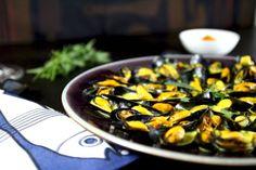 La Mouclade Charentaise nous régale a chaque fois. Voici une recette en provenance directe de nos mamies charentaises. Avis aux amateurs de moules.