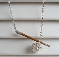 Crochet hook necklace by Nicollie