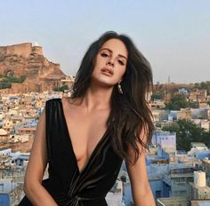 Find images and videos about lana del rey and shay mitchell on We Heart It - the app to get lost in what you love. Adidas Superstar, Adidas Samba, Jodhpur, Pretty People, Beautiful People, Beautiful Women, Adidas Sl 72, Celebs, Celebrities
