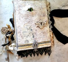 How to make a Hocus Pocus/ Practical Magic/ Grimmerie/ Evil Dead/ Evil Eye/ whatever you want to call it, magic spell book