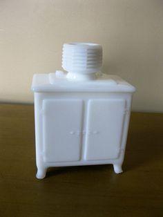 Vintage Milk Glass sugar bowl  GE General by oakiesclaptrap