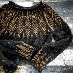 Brightfeather Brightfeather,fashion beauty Ravelry: Brightfeather pattern by Jennifer Steingass knitting for beginners knitting ideas knitting patterns knitting projects knitting sweater Look Fashion, Fashion Beauty, Womens Fashion, Fashion Tips, Ravelry, Estilo Indie, Fair Isle Knitting, Knitting For Beginners, Beautiful Celebrities
