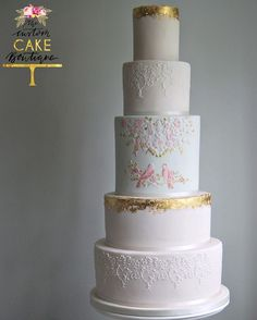 Featured Cake: The Custom Cake Boutique www.thecustomcakeboutique.com; Wedding cake idea.