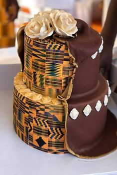 Beautiful unique ruracio cake Best Picture For sepedi traditional wedding cakes For Your Taste You are looking for something, and it is going to tell you exactly what you are looking for, and you didn African Wedding Cakes, African Wedding Theme, African Weddings, Wedding Cake Designs, Wedding Cake Toppers, African Party Theme, Ghana Traditional Wedding, African Cake, Crazy Wedding Cakes