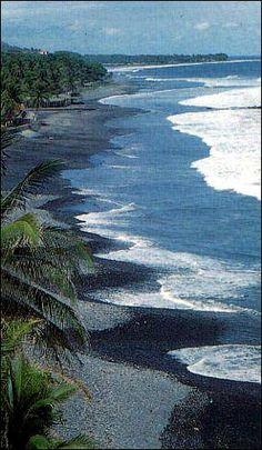 Vista de hermosas playas de mi hermoso Paisito, El Salvador