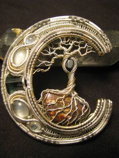 I have only one thing to say about this beyond inspirational piece - OMG gorgeous, just gorgeous!
