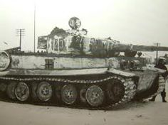 Tiger 1 nr. 123 with some hastily applied white wash