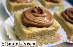 banana cookie bars with nutella buttercream!!!! oh. em. gee.
