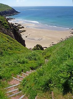If you've walked the whole of the Pembrokeshire Coast Path, you'll have come across most of our secret beaches, but you won't have seen them all! Pembrokeshire Coast Path, Pembrokeshire Wales, Snowdonia, Peak District, South Wales, Westminster, Elizabeth Ii, Glamping, Edinburgh