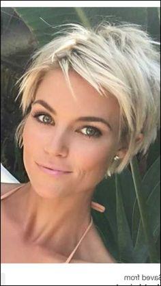 31 besten Frisuren Bilder auf Pinterest | Frisuren ... #Frisuren #HairStyles Einefreche Kurzhaarfrisurpro die mutigen, selbstbewussten Damen ist dieser Buzz Cut. Hierbei werden die Haare komplett abrasiert und sehr von kurz...
