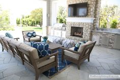 Outdoor Entertaining Area (Sunny Side Up Blog)