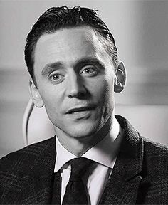 Les coulisses du nouveau film publicitaire Jaguar XE avec Tom Hiddleston https://www.youtube.com/watch?v=3k7rF2wgFt0