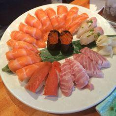 Nigiri Wheel #sushi #food #foodporn #japanese #Japan #dinner #sashimi #yummy #foodie #lunch #yum