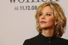 "Meg Ryan Photos - Actress Meg Ryan attends a photocall for ""The Women"" at the Hotel de Rome on November 2008 in Berlin, Germany. - The Women Photocall Celebrity Houses, Celebrity News, Meg Ryan Photos, American Rappers, Tom Hanks, Shoulder Length Hair, Cut And Style, Film Festival, New Hair"