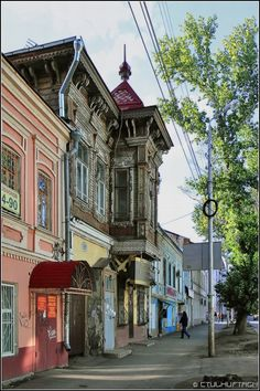 I lived in Samara, Russia for 2 years. This is just one of my many favorite streets.