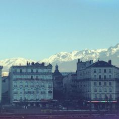 Grenoble Ecole de Management: Walking from class to class with this view of the Alps ❄️
