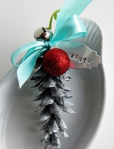 Silver Pine Cone Place Card Holder by TopTenDiy
