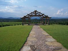 Looking for the perfect spot for your wedding? Or a beautiful venue for parties or reunions? Or perhaps a backdrop of one of the most beautiful spots in the Upstate for your engagement or family pictures? Then come to Calyx Farms in Walhalla, and make your dream wedding come true...