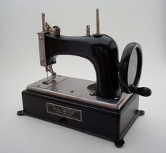 Little Princess sewing machine model# 425, circa 1930s, manfactured by The Hoge Mfg Co in New York.