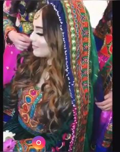 Afghan Wedding Dress, Wedding Hijab Styles, Afghani Clothes, Girly Pictures, Moon Pictures, Stylish Dress Designs, Simple Hijab, Afghan Girl, Afghan Dresses